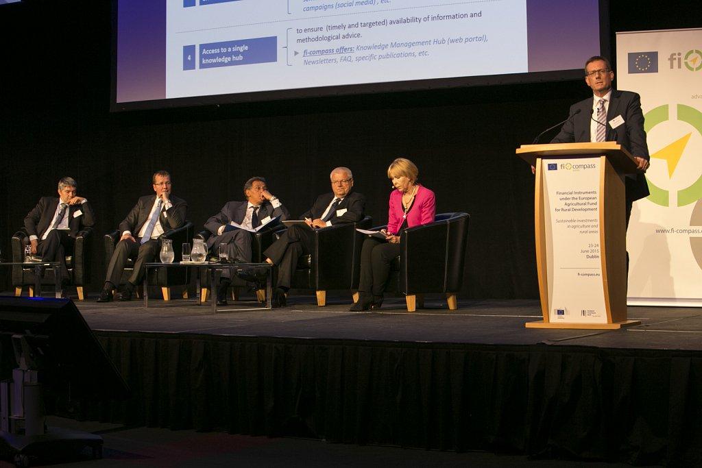 Simon Barnes and panel