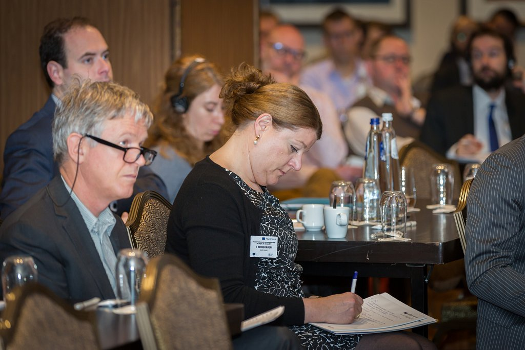 Kees van Drunen and event participants