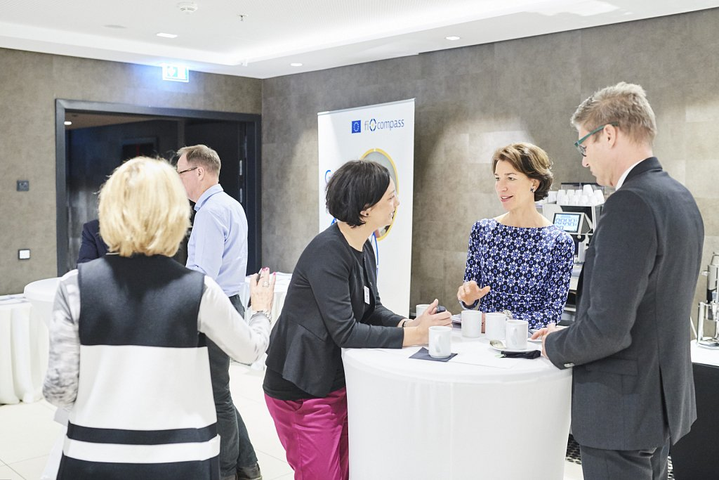 Mr Stefan Appel, Ms Anna Zurek, Ms Irene Schucht